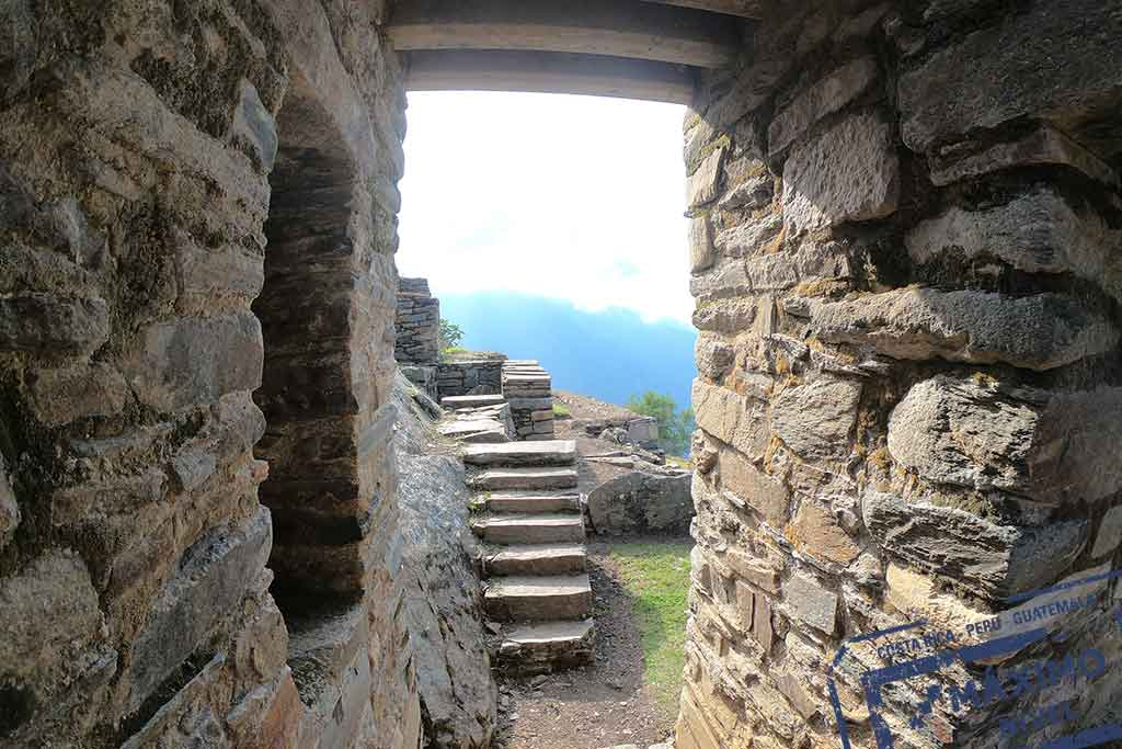 Chocquequirao-Day-3-Visiting-the-ruins2