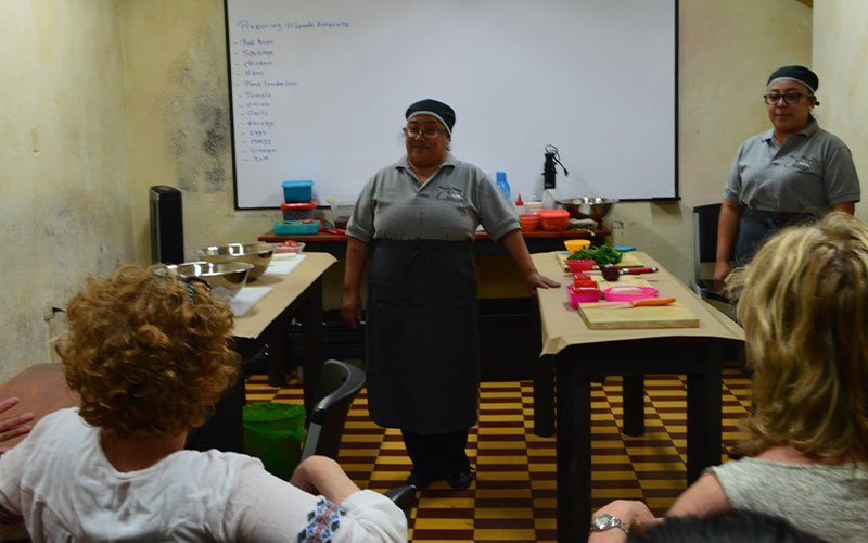 Cooking-Classes-while-taking-university-courses-in-Guatemala