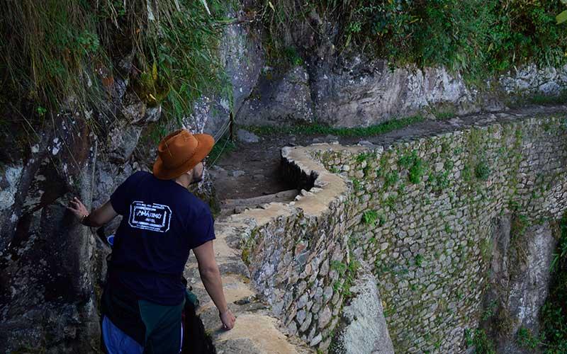 Hiking-to-Machu-Picchu