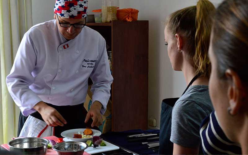 Learn-International-Cuisine-Tourism-Majors