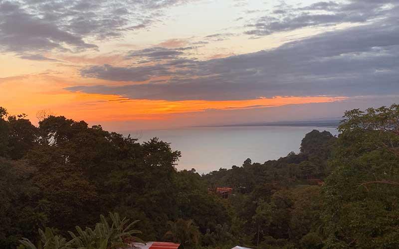 Sunsets-from-the-Manuel-Antonio-Spanish-School