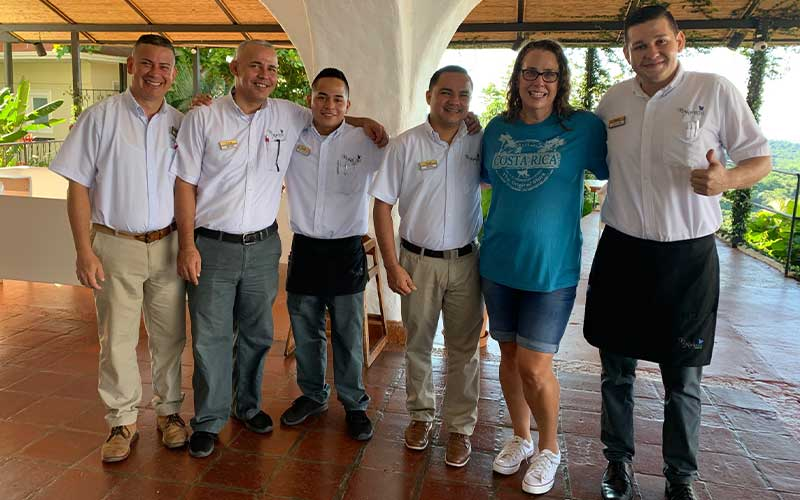 Welcoming-Staff-at-the-Accommodation-in-Manuel-Antonio
