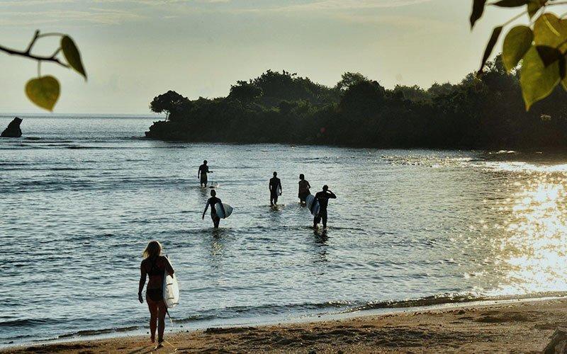 Guatemala Surf School
