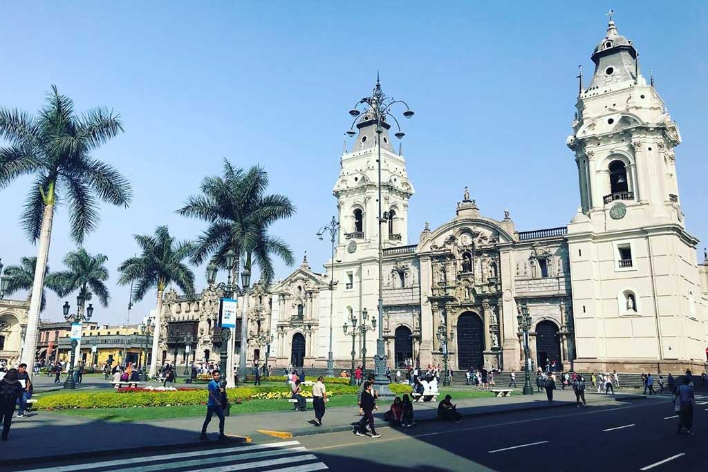 exploring-lima-while-interning-in-hotels