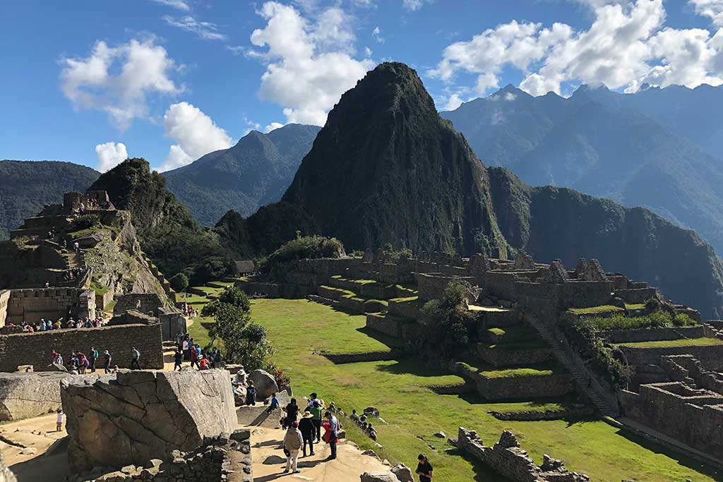 exploring-machu-picchu-tourism-internship