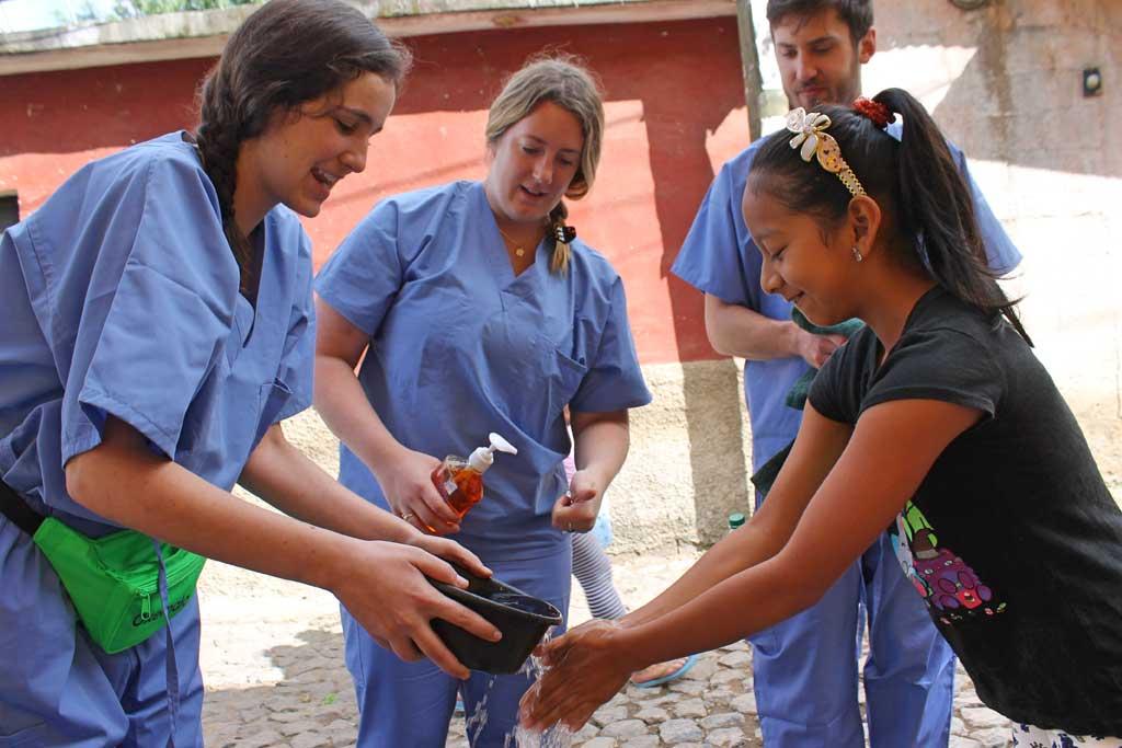 Medical Healthcare Volunteer Programs Abroad Maximo Nivel