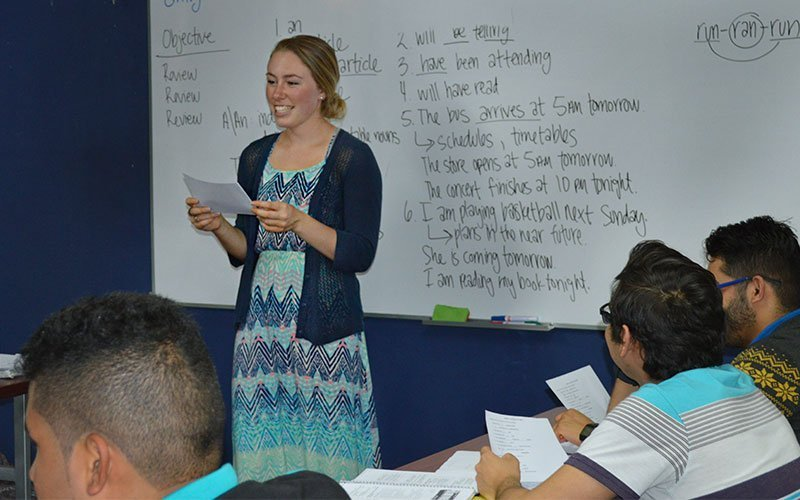 Teach English at Maximo Costa Rica