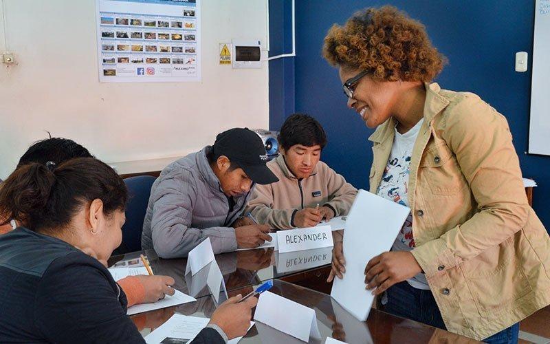 Teach English at Maximo Nivel Peru