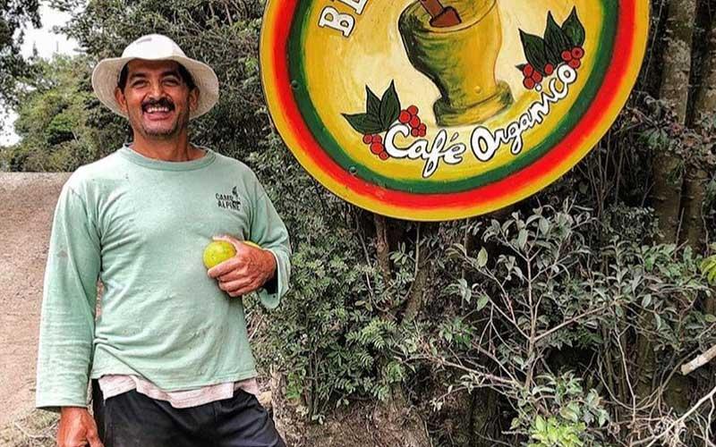 Volunteer-Abroad-Peru-Farming