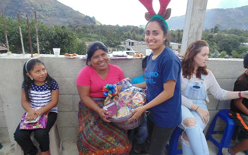 winter-break-volunteer-antigua-guatemala